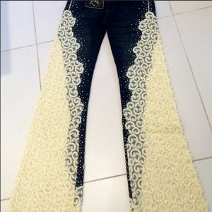 Stunning Amanda Adams Embellished Jeans